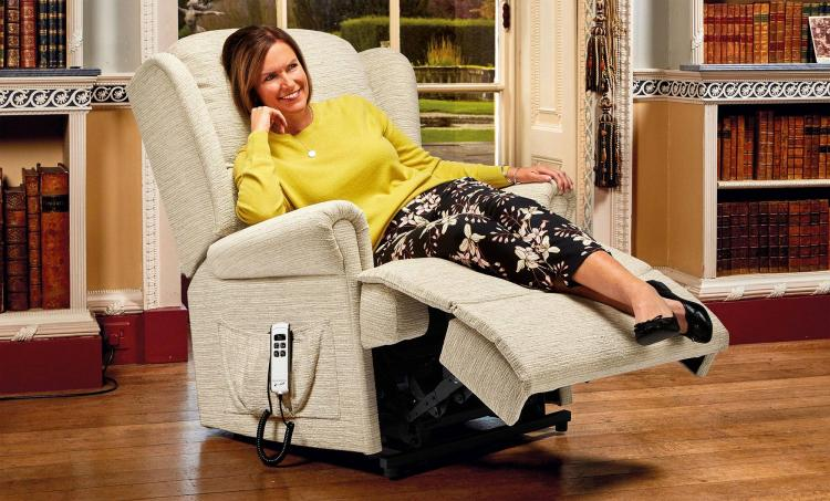 Sherborne Malvern Lift & Rise Recliner Chair