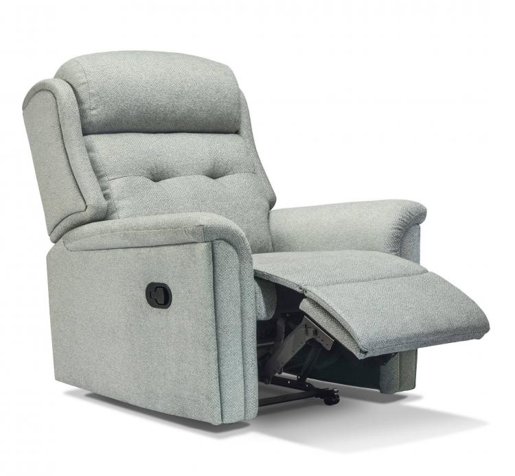 Manual operated recliner chair
